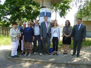 Inauguration d'une place Chevalier de La Barre à Osny